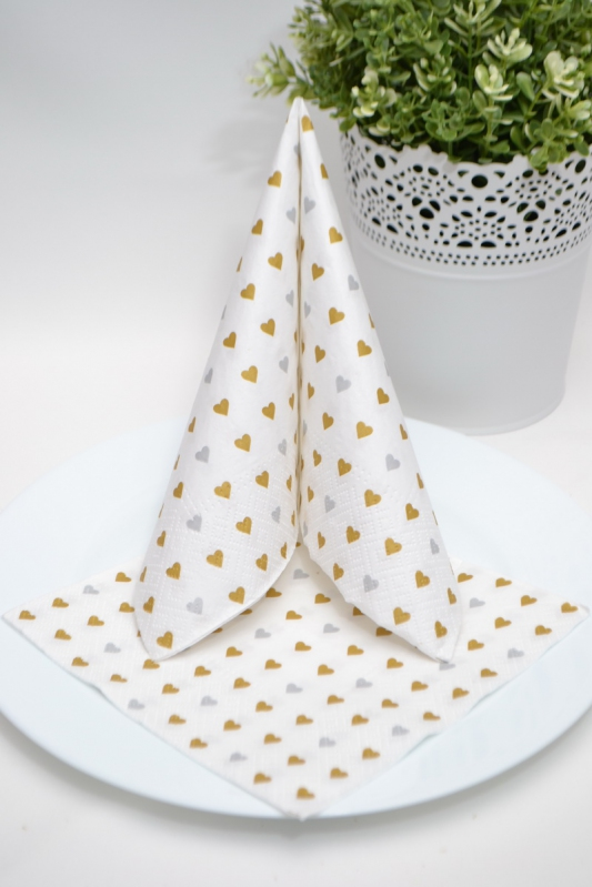 Trojvrstvové papierové obrúsky - srdiečka zlaté / strieborné